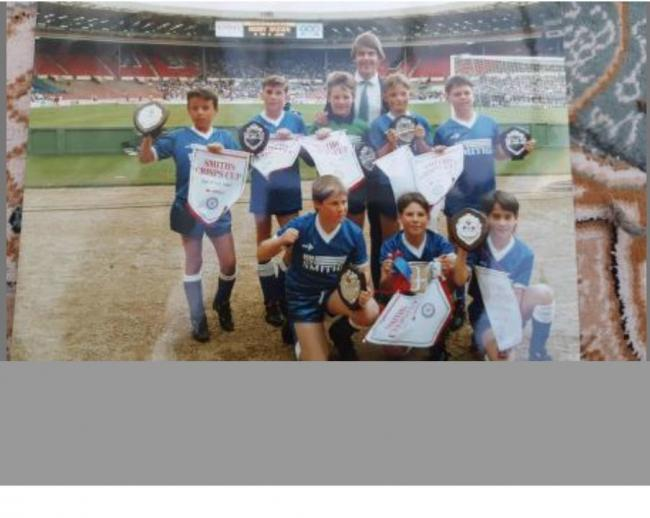 The winning team from 1990