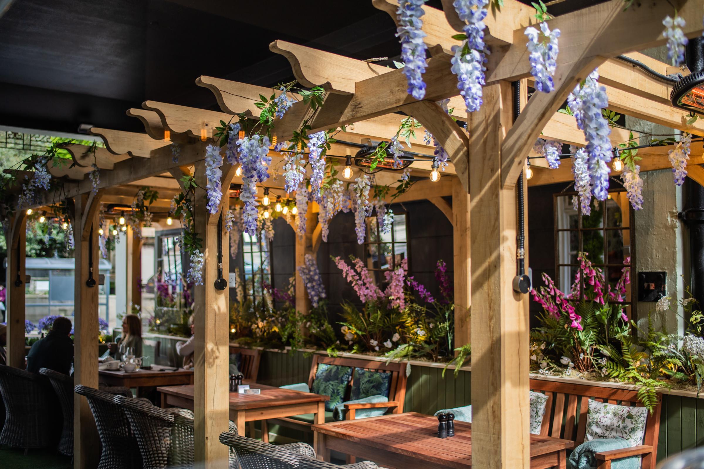 Castle Hotel - Leaf restaurant