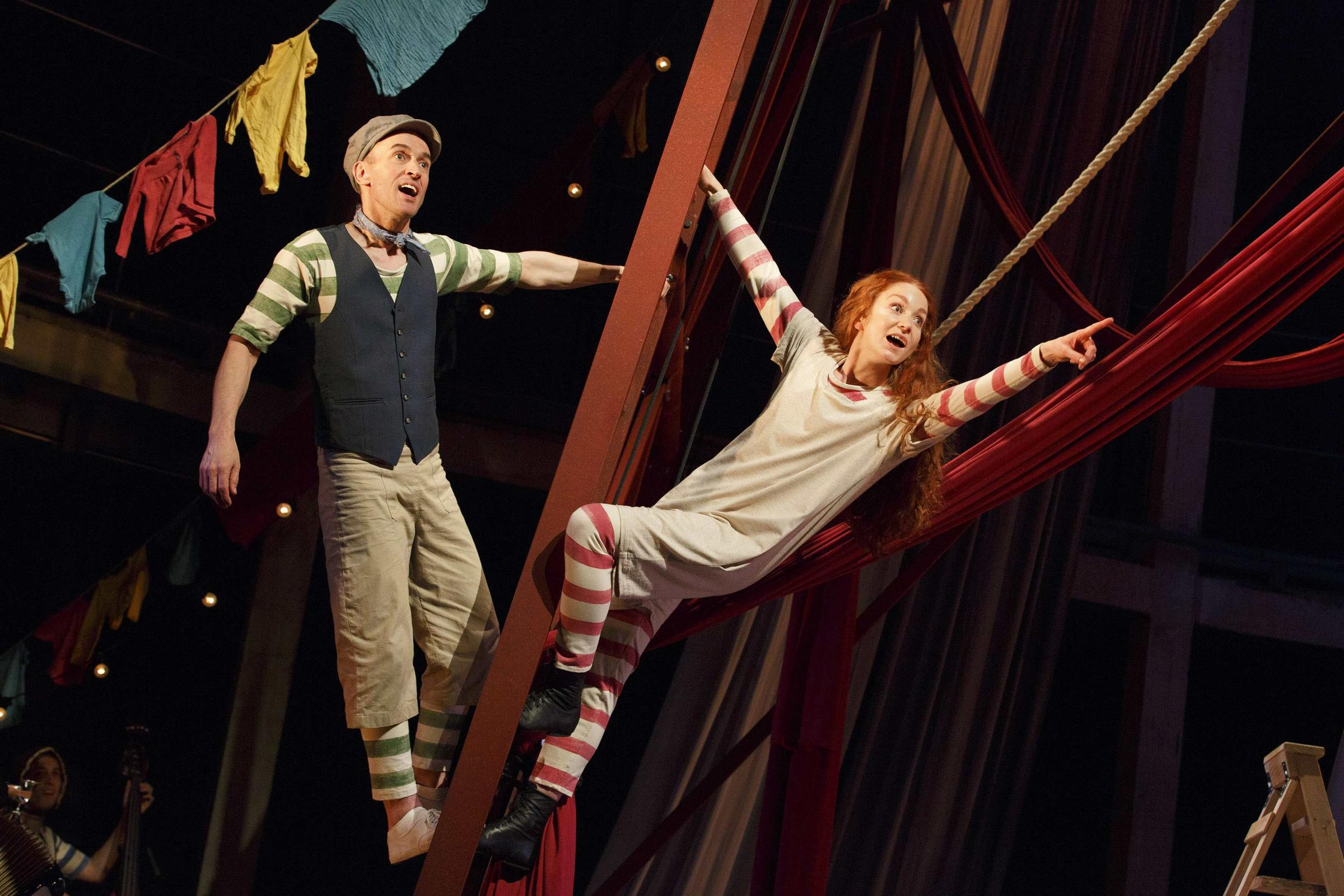 Review: Hetty Feather at Theatre Royal Windsor