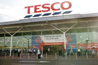Slough Observer: Supermarket giants - Tesco and Sainsbury's can absorb the cost of fuel increasing because of their size. (26865-2 & 43492-a)