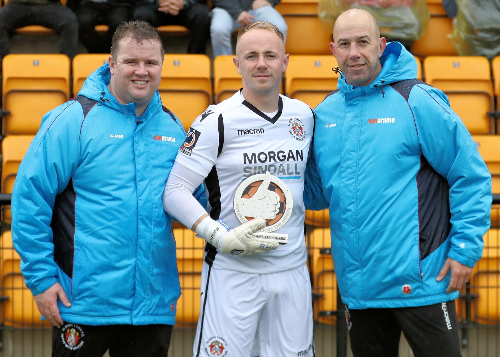 Slough Town keeper Jack Turner (centre) with his National League South Player of the Month award for September and alongside joint-managers Neil Baker (left) and Jon Underwood (right). PHOTO: Gary House. 181010.