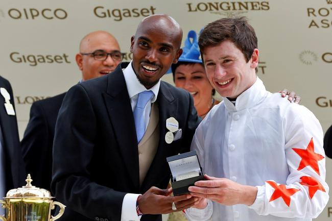 Royal Ascot 2018 - Signora Cabello presentation by Sir Mo Farah to Oisin Murphy.jpg